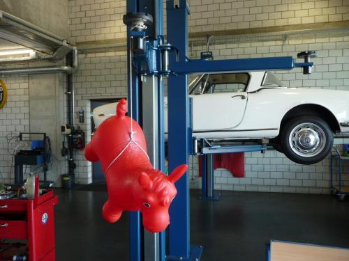 127 Alfa Romeo Hebebühne