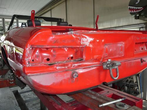 137 Alfa Romeo Heckschaden