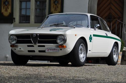 203 Alfa Romeo GT 1300
