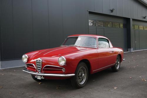 212 Alfa Romeo Alfetta GTV