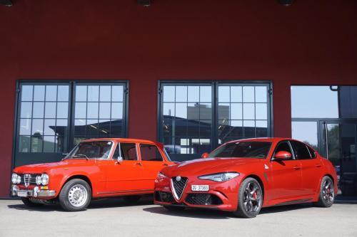 220 Alfa Romeo Giulia QV