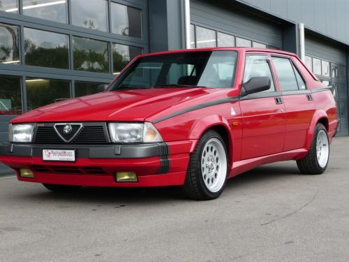 236 Alfa Romeo 75