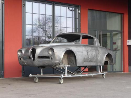 240 Alfa Romeo Pininfarina