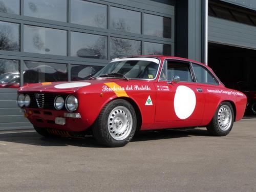 241 Alfa Romeo Racecar GT